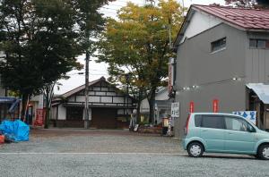 喜多方駅前のラーメン店